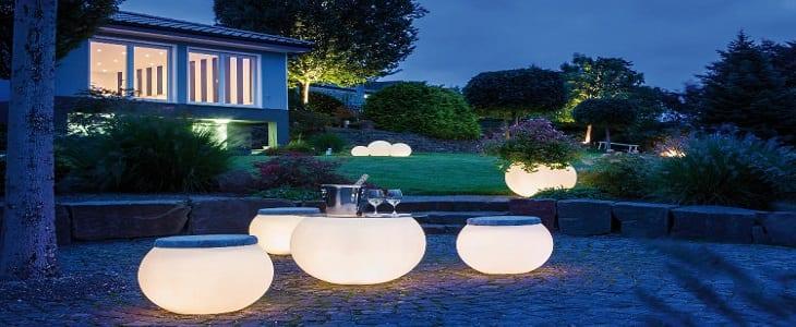 Verlichte meubels voor een gezellig tuinfeest | Homedeal NL