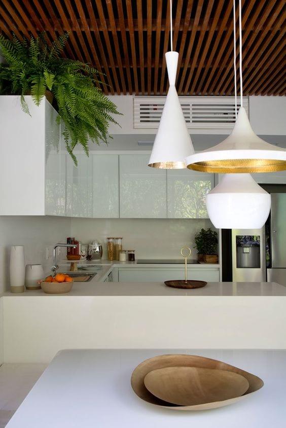 HomeDeal biedt tips hoe jij je airco verwerkt in het interieur: boven het keukenblok