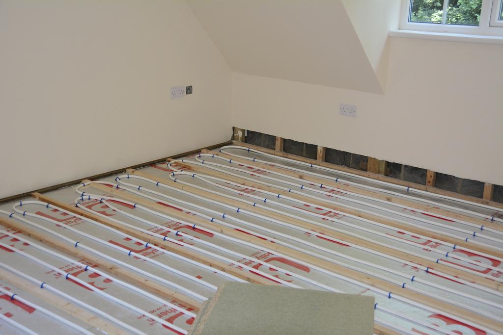 Vloerverwarming Badkamer Elektrisch : Vloerverwarming badkamer [kosten handige tips] homedeal