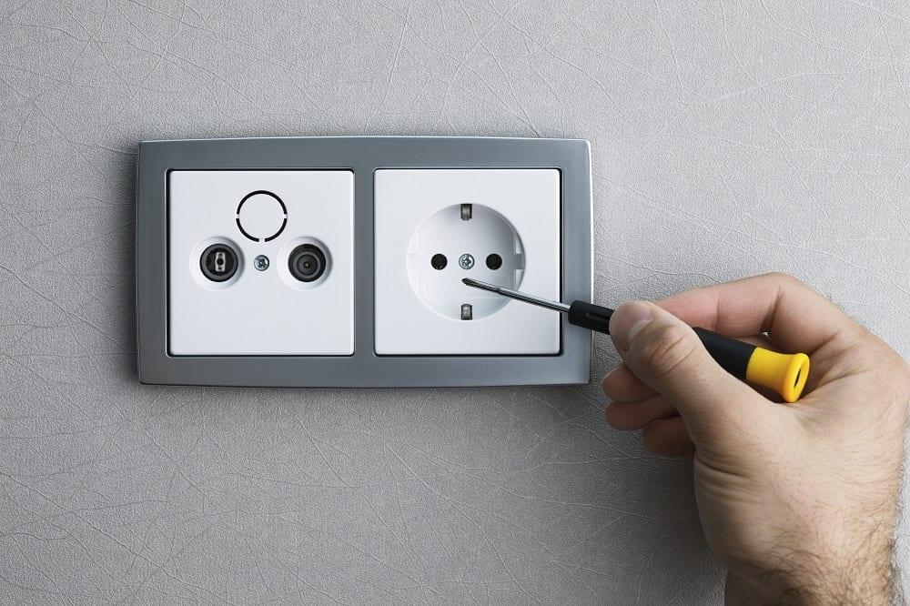 Uitzonderlijk Stopcontact aanleggen [Prijzen + Handige tips] | Homedeal LD72