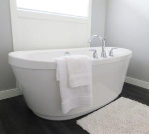 Badkamer schilderen - [Zie prijzen + nuttige tips] | Homedeal