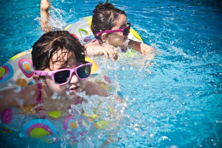 Ingebouwd zwembad kinderen