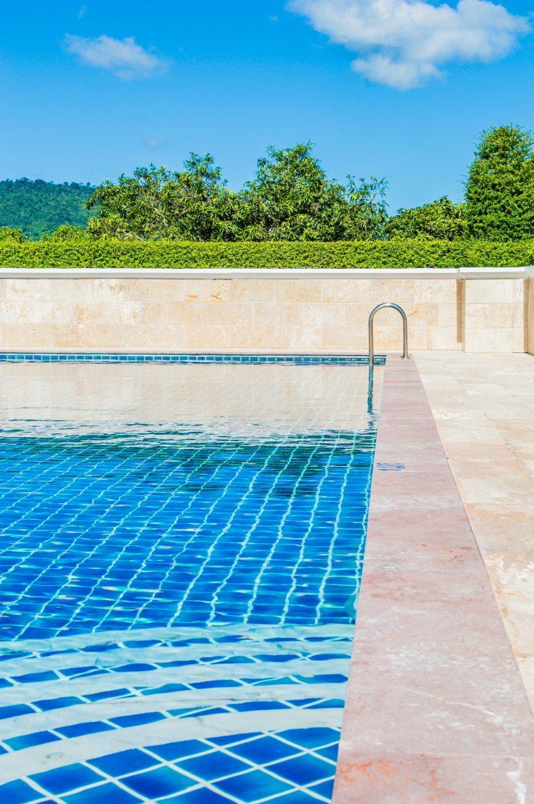 Zwembadspecialist terras